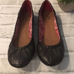 Luck Brand Ballet Shoes size 6.5 Black